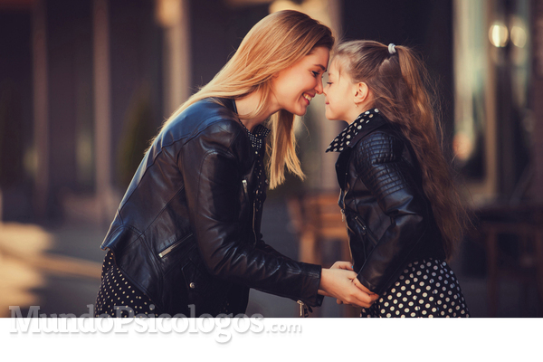 Como ter uma amizade positiva entre mãe e filho?