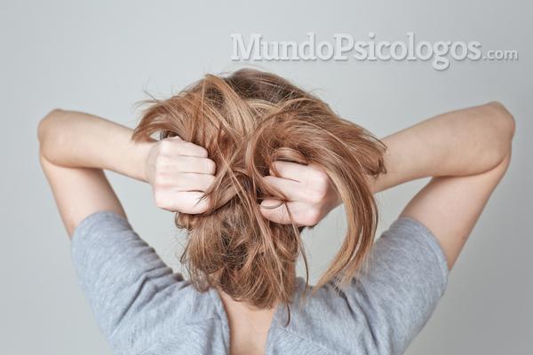 Conheça a tricotilomania, a compulsão por arrancar cabelos