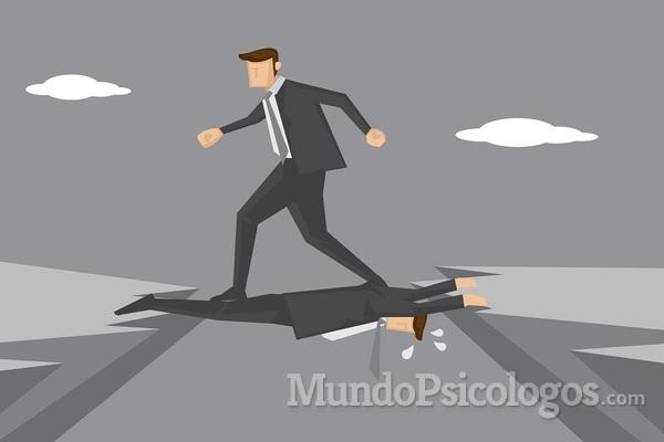 Pessoas que não admitem seus erros: entenda por quê